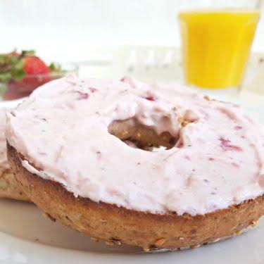 fromage à crème aux fraises et chocolat blanc 375x375